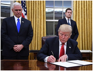 trump-in-oval-office