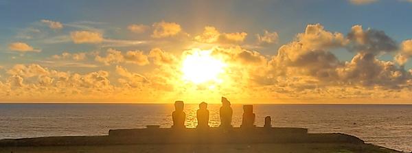 easter-island-sunset