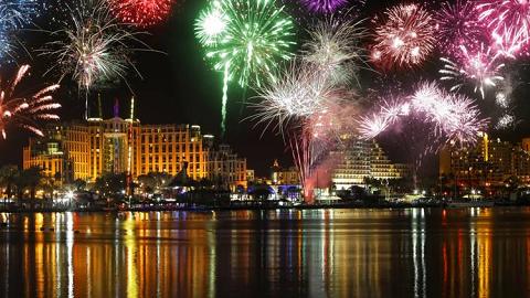 fireworks-at-haifa-bay