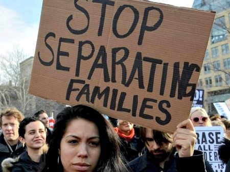 stop-separating-families-rally