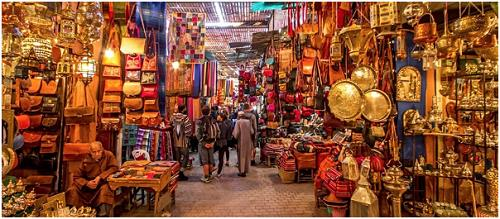 shopping-in-the-souk