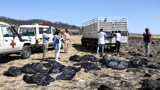 Victims of Boeing crash in Ethiopia collected in body bags