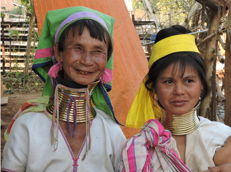 kayan-women