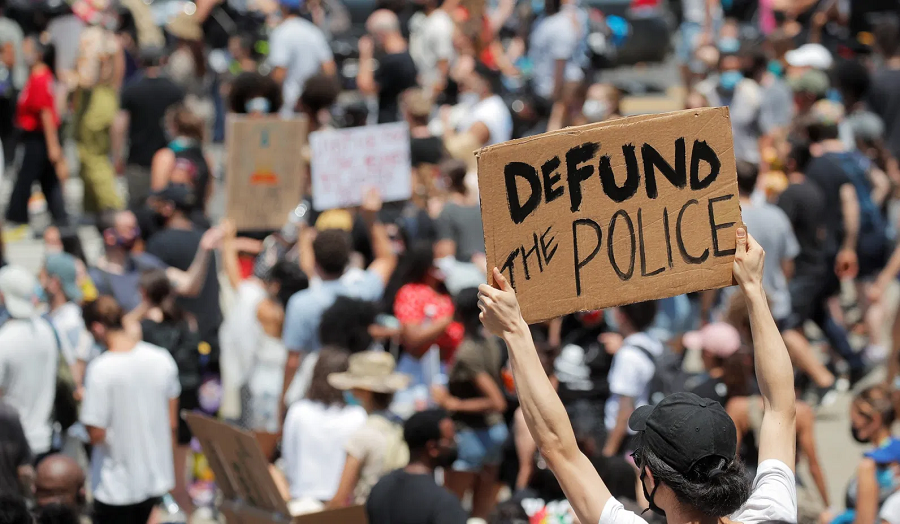 defund-police-rally