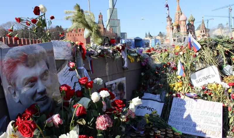 Memorial to Boris Nemstov on Bolshoy Moskvoretsky Bridge in Moscow  assassinated here on February 27 2015