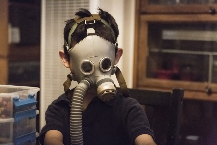 kid-in-gas-mask