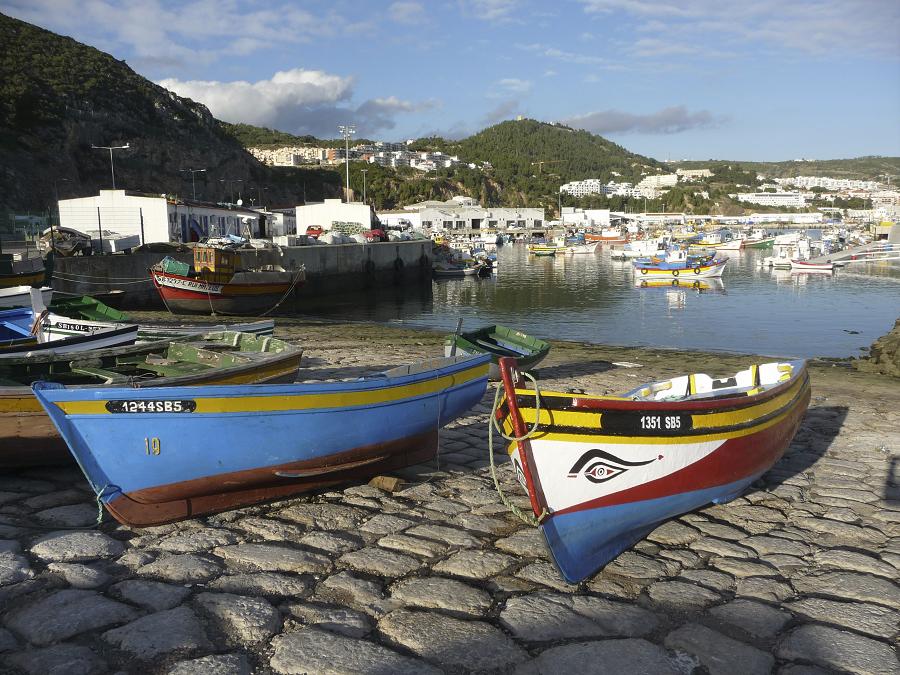 portugal-canoe