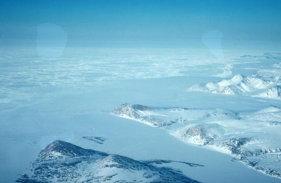 frozen-arctic-ocean